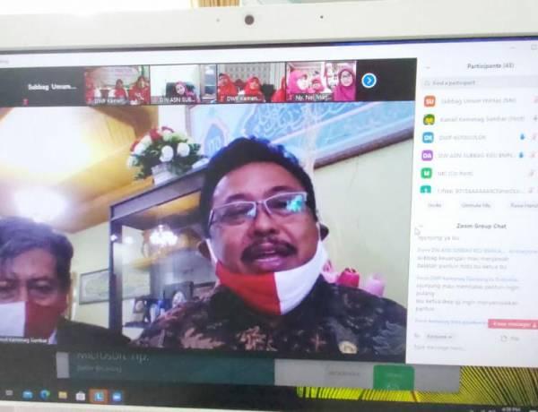 Wakili Kakanwil, Kabag TU Tutup Kegiatan Lomba Pantun DWP