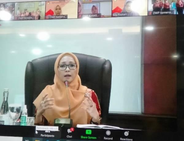 Eny Yaqut Cholil: Komunikasi Efektif Kunci Keluarga Berkualitas
