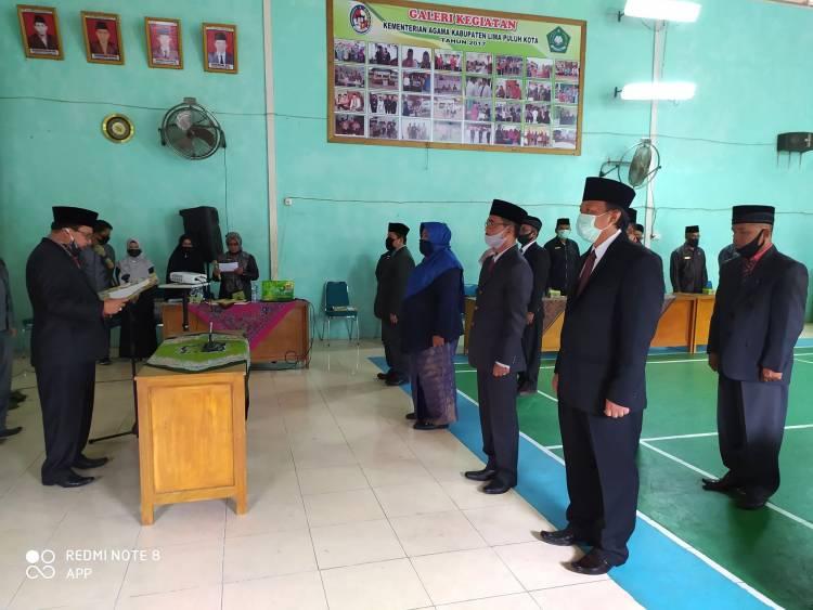 H.Naharudin Kakan Kemenag Lima Puluh Kota Lantik Tujuh Kepala Madrasah