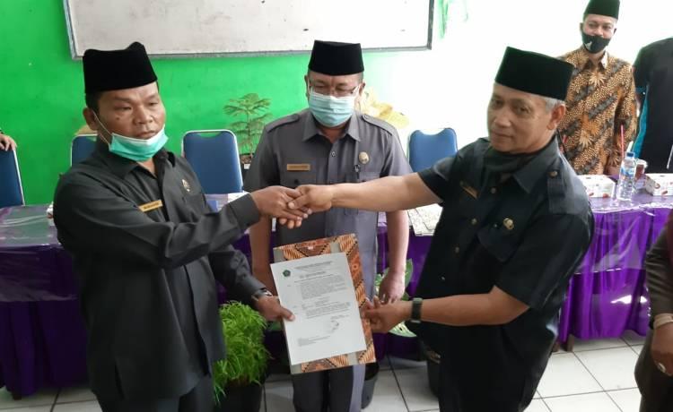 Kakankemenag Kota Padang Kukuhkan Plt. Kepala MTsN 2 Kota Padang