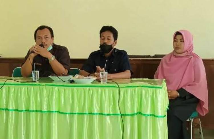 Kepala MTsN 4 Lima Puluh Kota Ajak Anggota MGMP Bahasa Indonesia Berinovasi