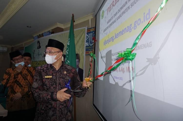 Kakanwil Kemenag Sumatera Barat Resmikan Website Kemenag Sijunjung