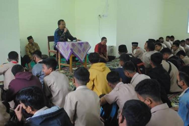 Ujian Madrasah Di Depan Mata, MTsN 4 Liko Gelar Muhasabah
