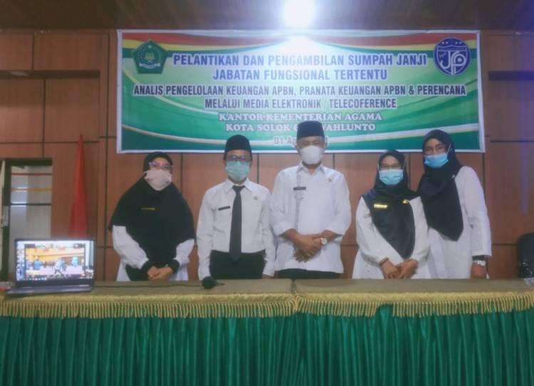 Empat ASN Dengan Duo  Kemenag  Kota Solok dan Sawahlunto Dilantik  Secara Virtual