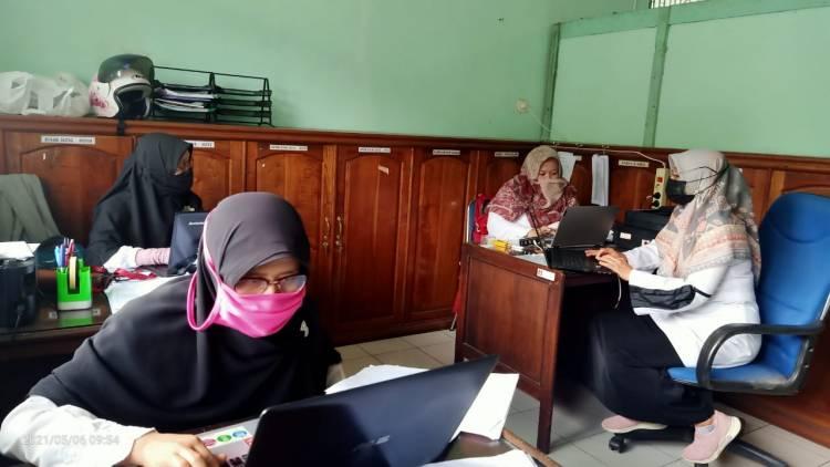 Kakankemenag Acungi Jempol Tim Keuangan Kemenag Kota Padang Panjang