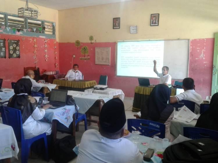 Guru Madrasah pada Yayasan PSA Sulit Air Ikuti Lokakarya