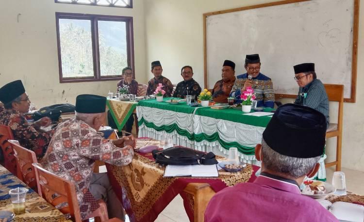 Kakan Kemenag Kab. Solok Hadiri PErtemuan FK KUA di Junjung Sirih