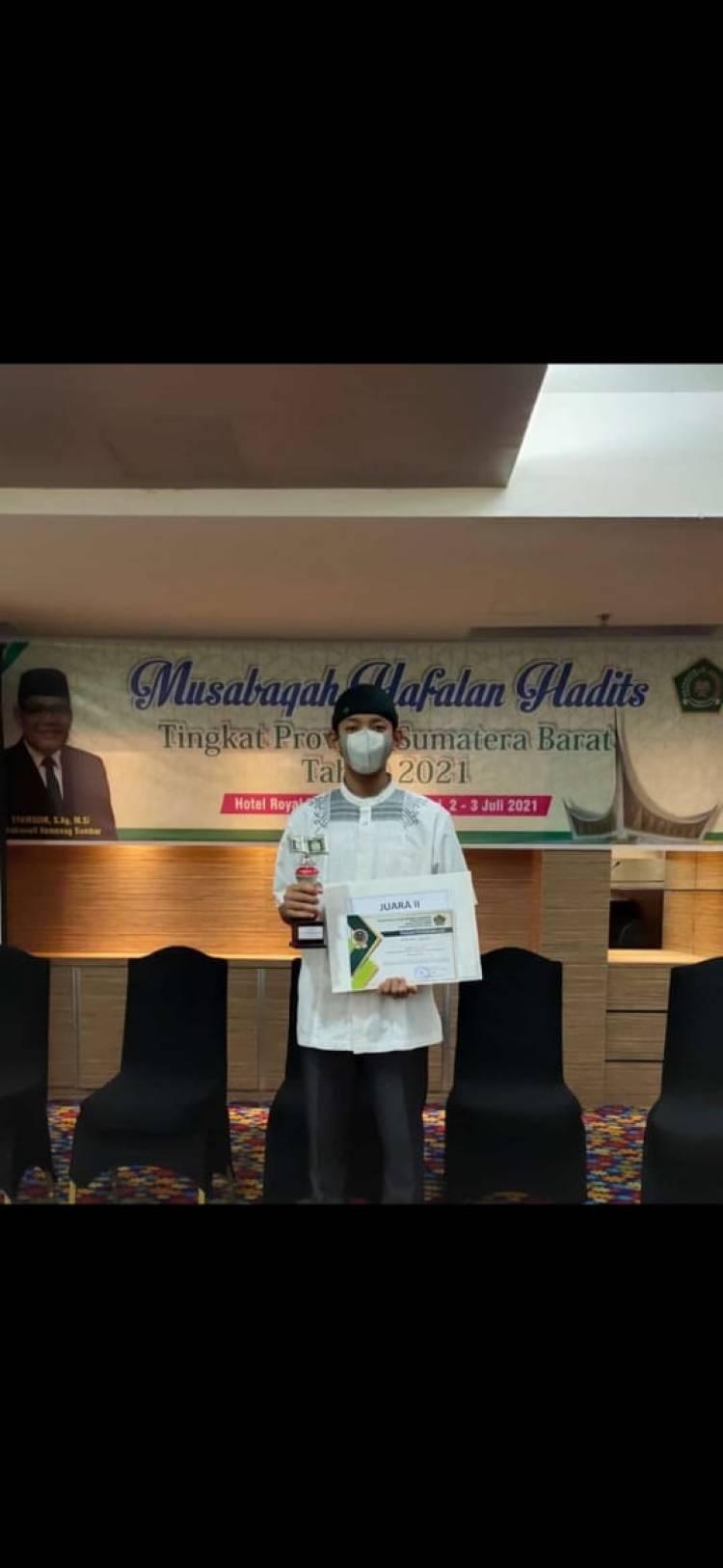 Muhammad Al Hafidz Raih Peringkat II Dalam Ajang Musabaqah Al Hadits Tingkat Provinsi Sumbar