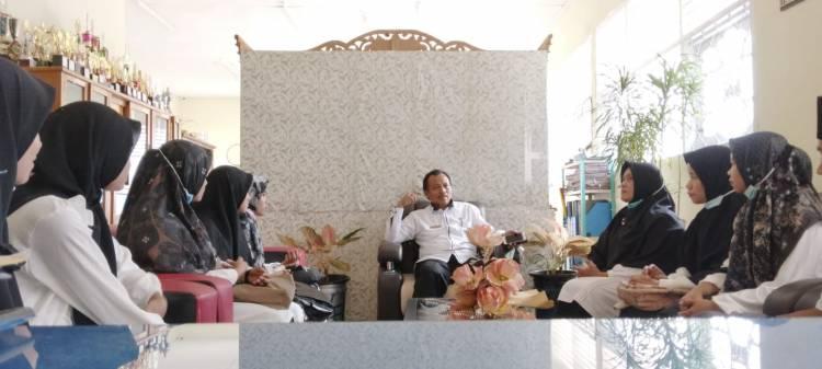 Terima Mahasiswa PPL, Arief Sampaikan Edaran Kementerian Agama Terkait PBM
