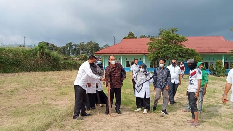 Kakankemenag Padang Panjang Saksikan Penandatangan Kontrak Pembangunan Gedung Kelas Baru MTsN Kota Padang Panjang