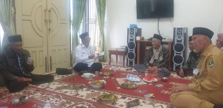Jelang Pelaksanaan Ikrar Wakaf,  Buya Mahyeldi Konsultasi Wakaf Bersama Ka KUA Tilkam